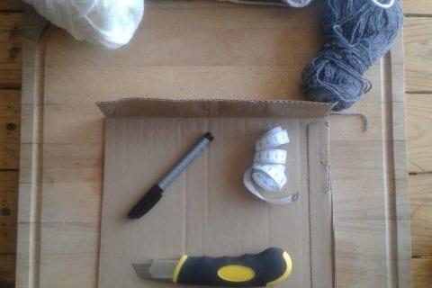 Matériel nécessaire pour réaliser un métier à tisser avec des matériaux de récup