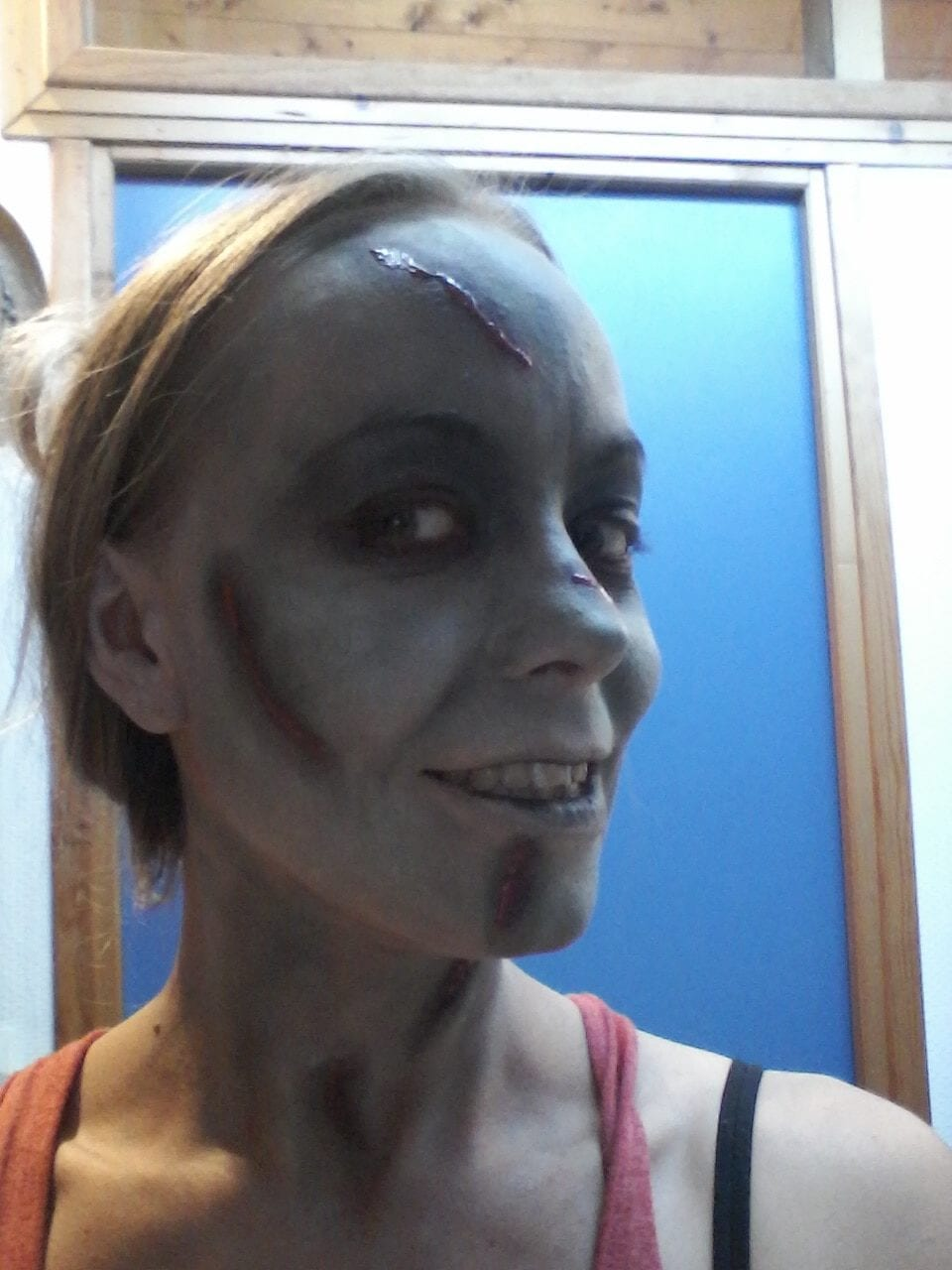 Maquillage halloween - l'exorciste - happy face