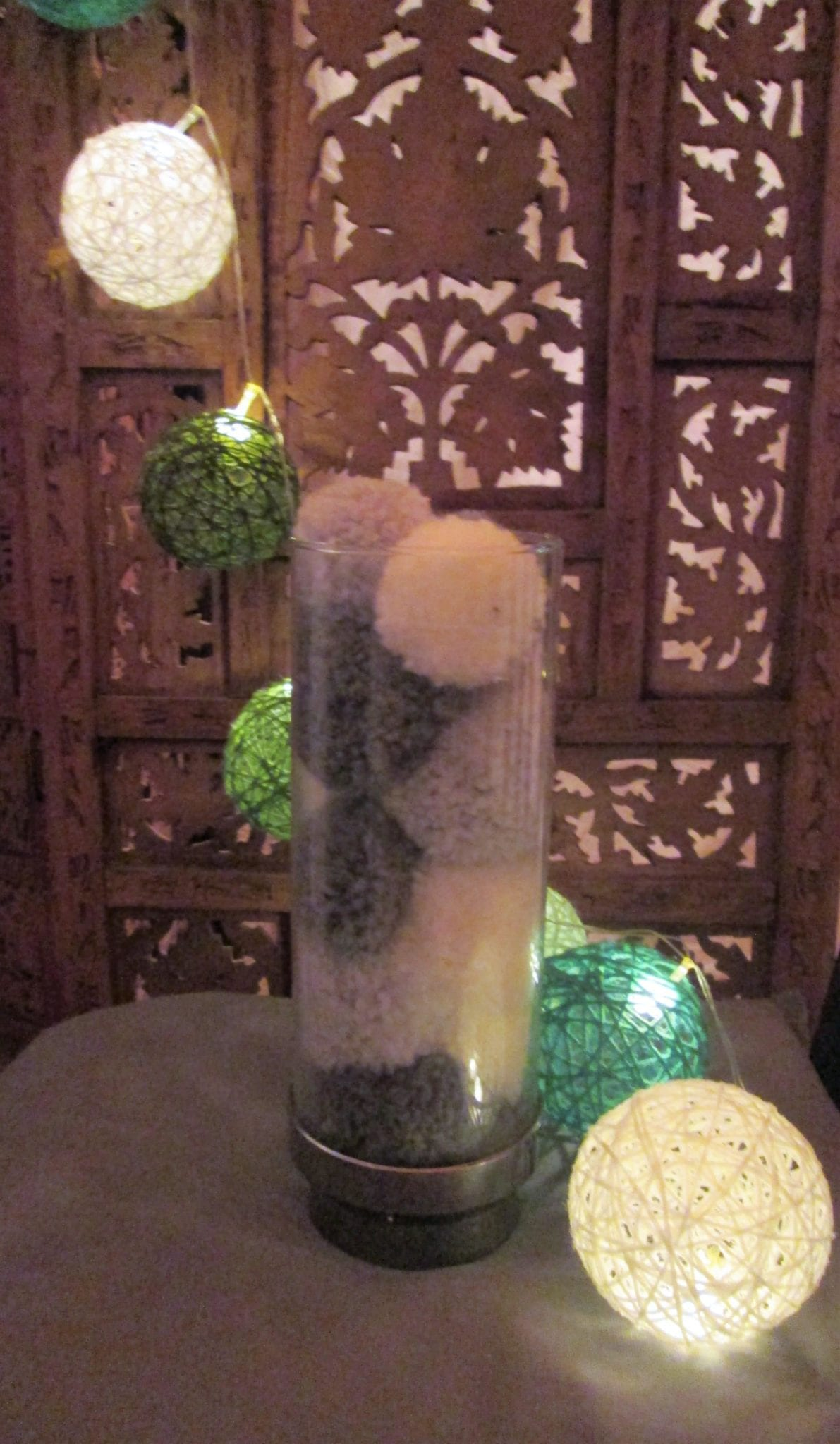 Vase pompons