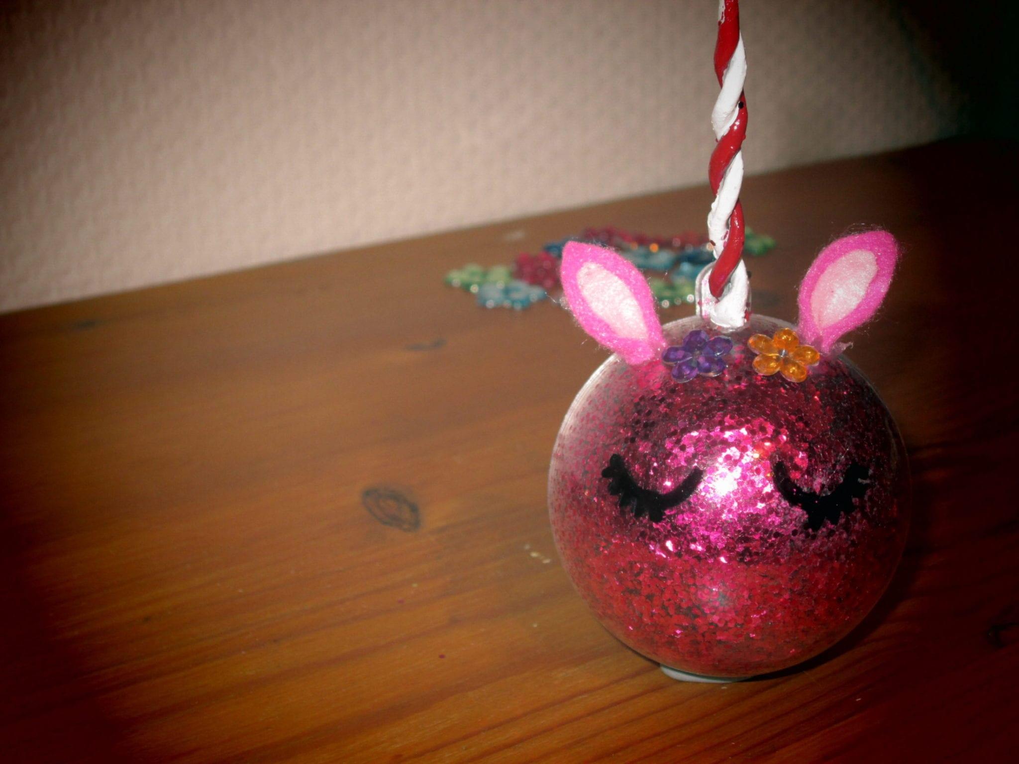 Boule de Noël Licorne - résultat rose avec effet