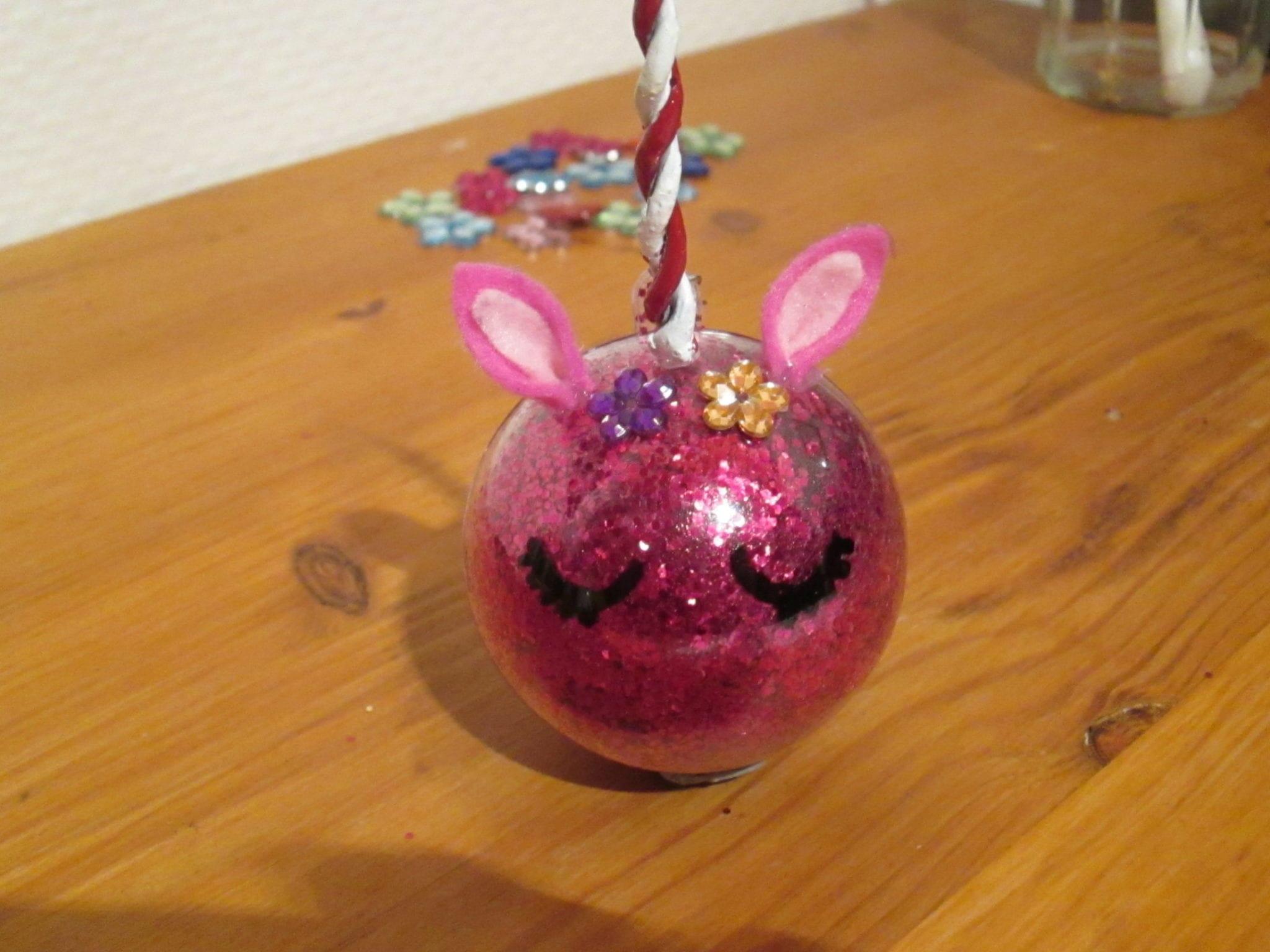 Boule de Noël Licorne - résultat rose