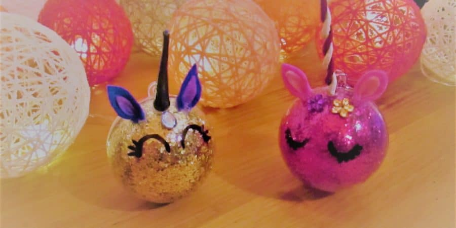 Faire des Boules de Noël licorne