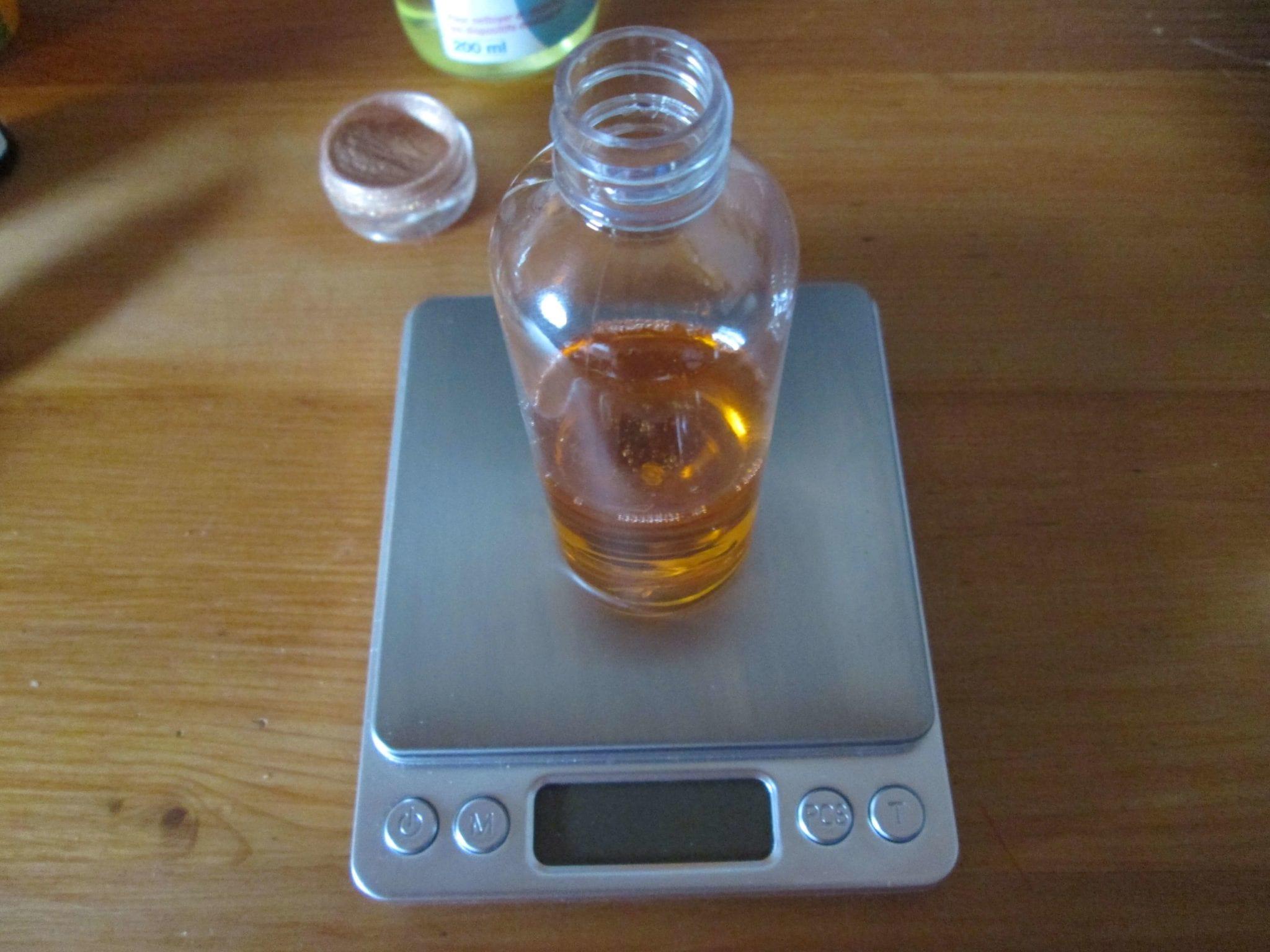 Ateliersdiy.fr - huile pailletée pour le corps - dosage