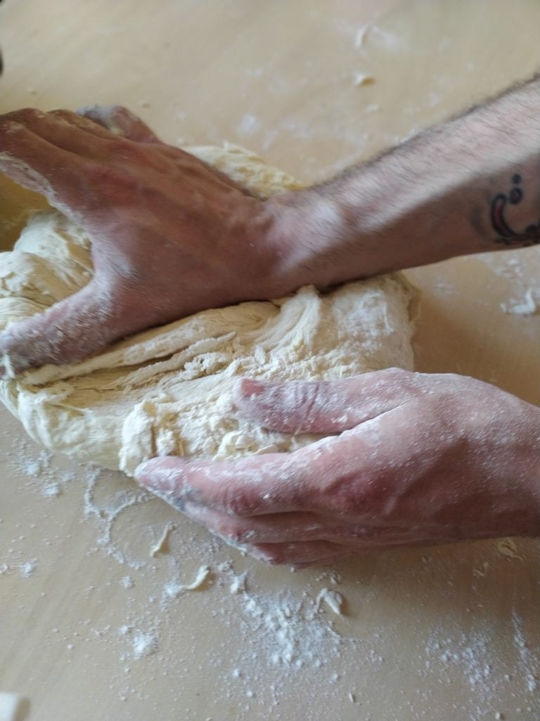Faire du pain - étirer